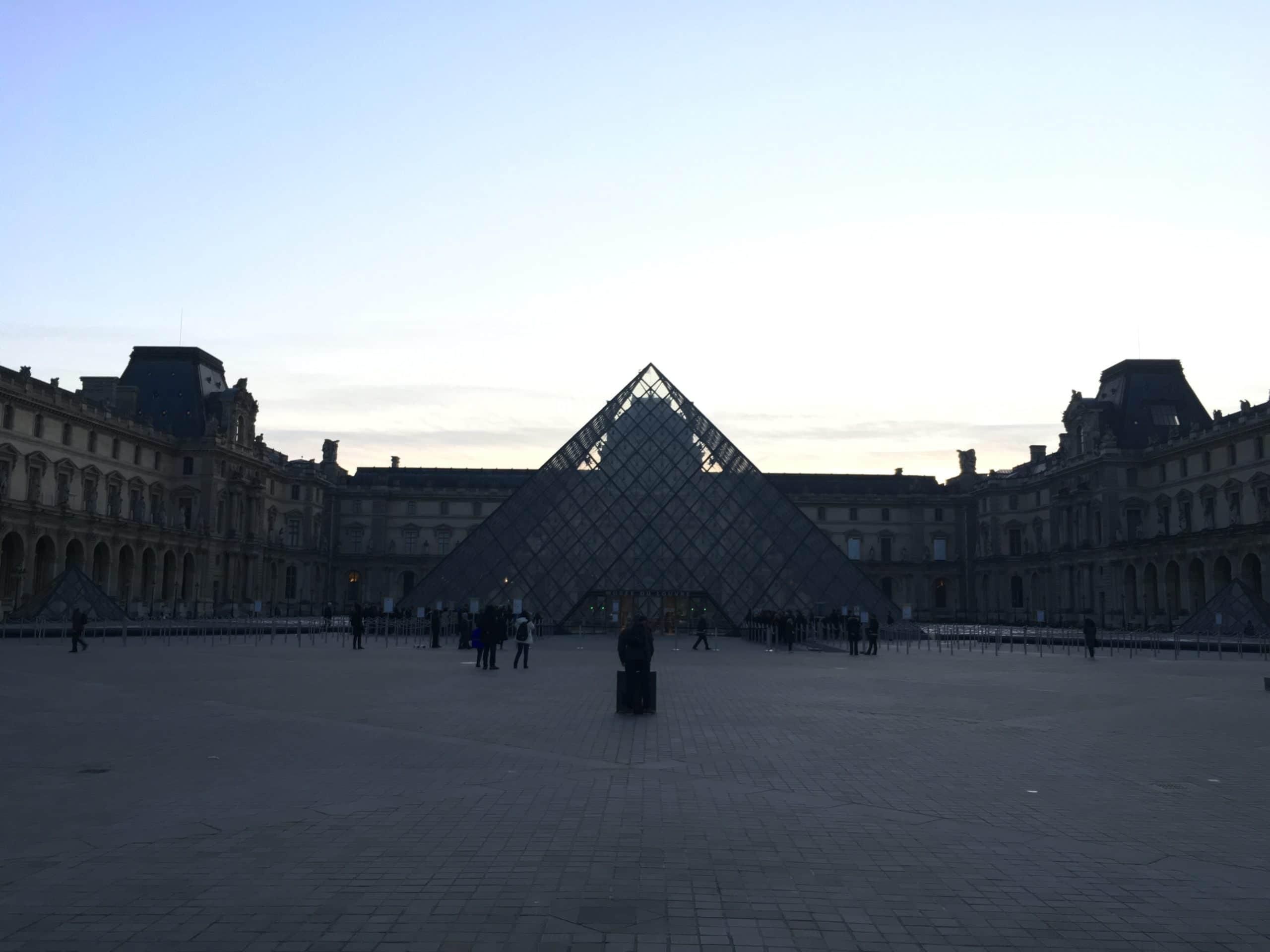 Le Louvre : le plus grand musée du monde est enfin déconfiné